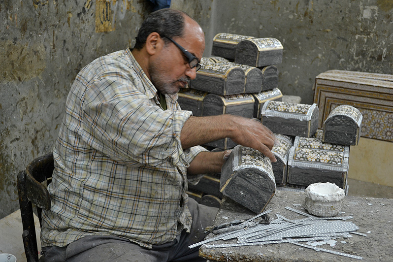 mother of pearl box egypt